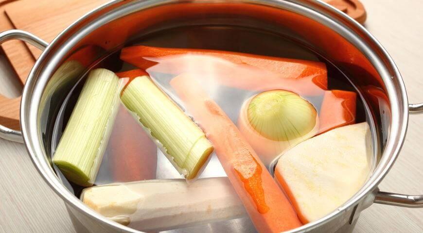 фото овощного бульона