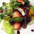 салат из клубники фото