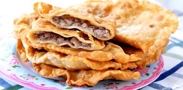 Домашние чебуреки на кефире с мясом: самый простой рецепт