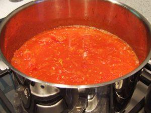Фото готового томатного соуса