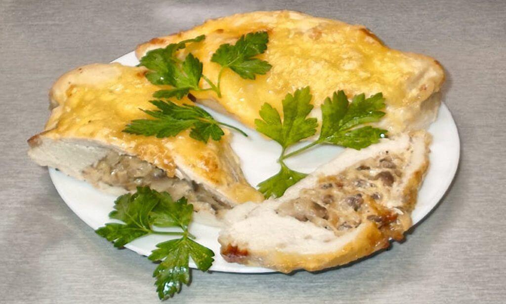 фото куриных грудок грибами и сыром