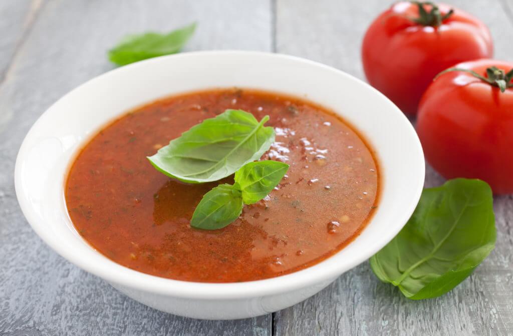 суп пюре с томатным соком из сельдерея