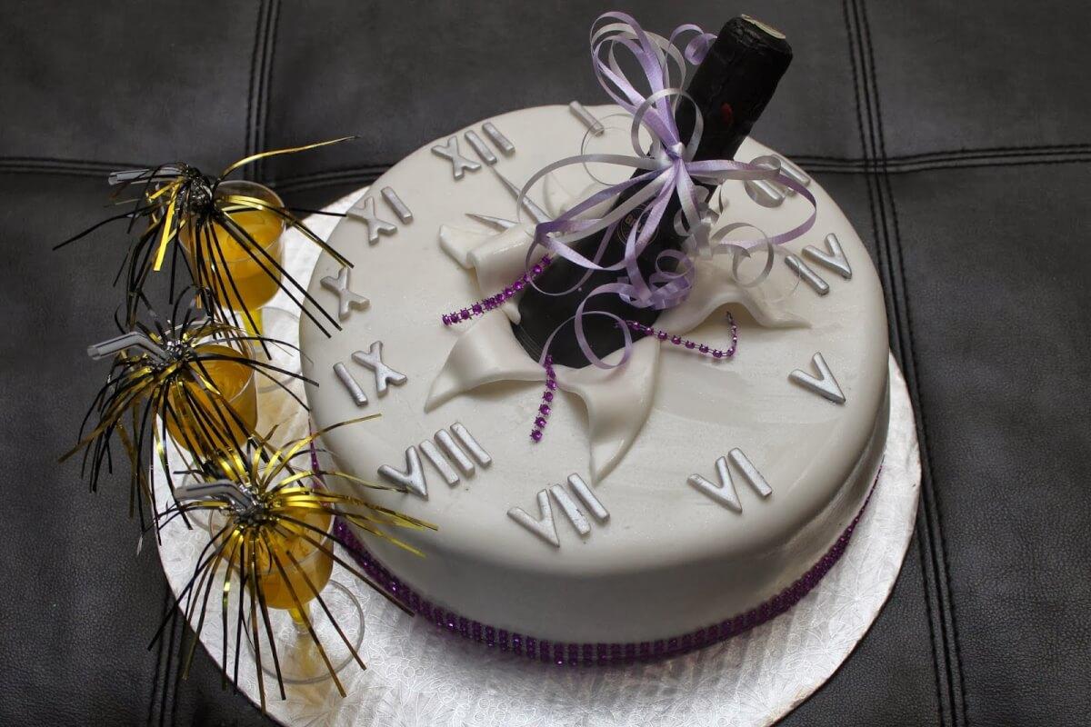 Торт на год Огненного Петуха