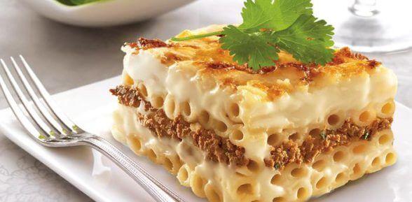 На обед не просто макароны с фаршем, а потрясающая запеканка, приготовленная в духовке