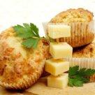Закусочные маффины из куриного филе и сыра