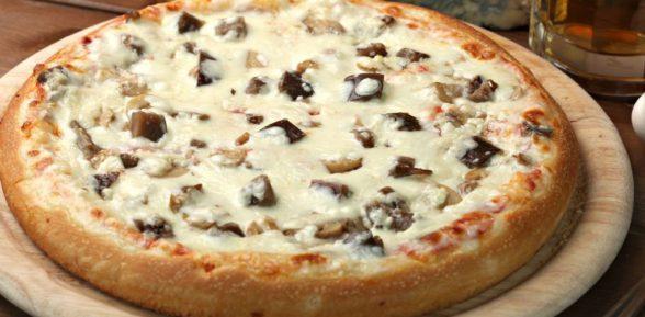 Готовим пиццу с грибами: быстро, вкусно, полезно.