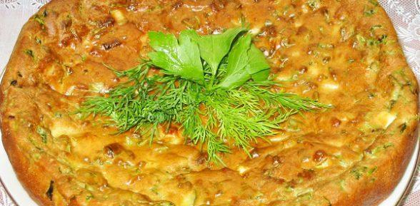 Как приготовить наливной пирог с зеленым луком и яйцами?