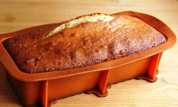 готовый кекс в форме