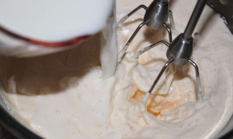 Крем для торта яиц и сахара и молока