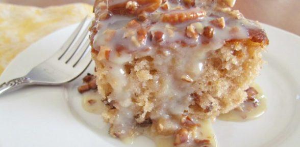 Пирог из сгущенки с орехами