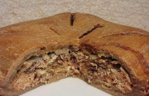 готовый пирог из ржаной муки