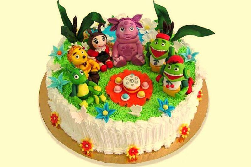 готовый торт лунтик