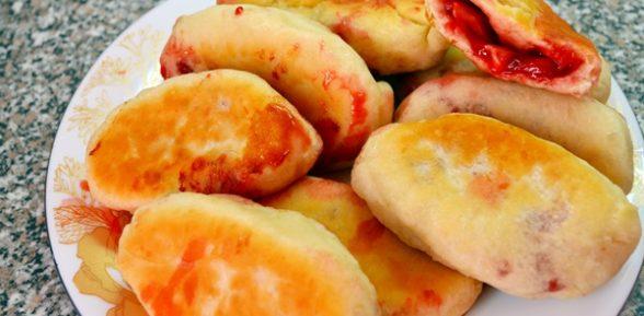 Пирожки из готового дрожжевого теста