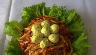 Салат перепелиное яйцо