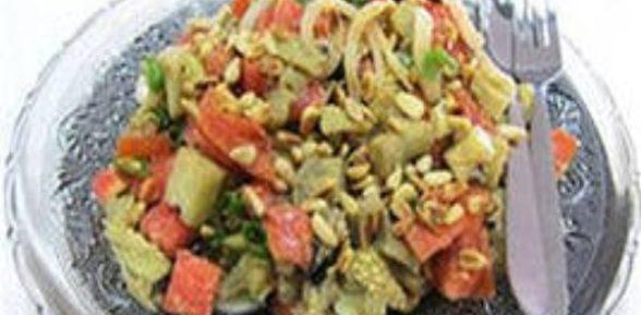 Салат с кунжутными семечками