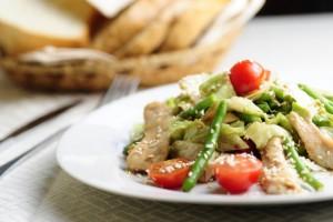 быстрый теплый салат фото