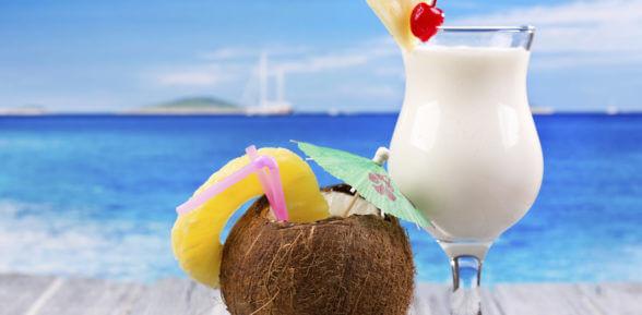 Пляж, пальмы, Пина Колада! Состав и рецепт коктейля