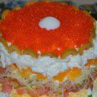 Салат Жемчужина с семгой и красной икрой