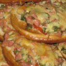 Горячие бутерброды с сосисками в аэрогриле
