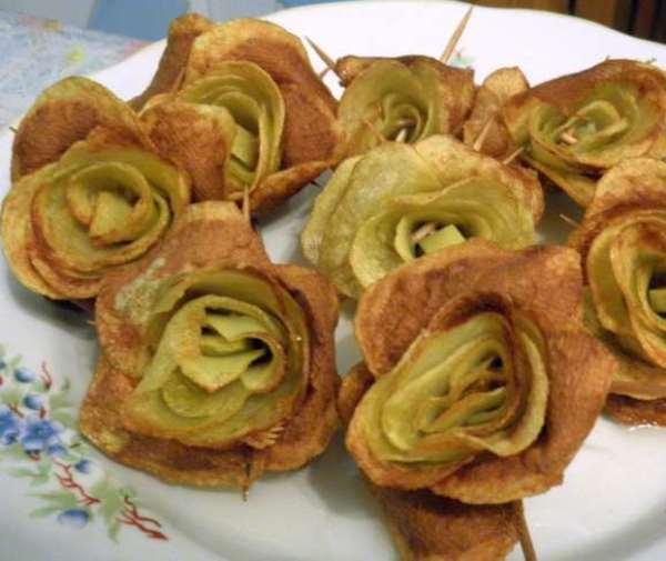 жареные картофельные розы