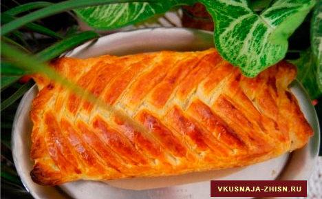 Слоеный пирог с сыром «Косичка»