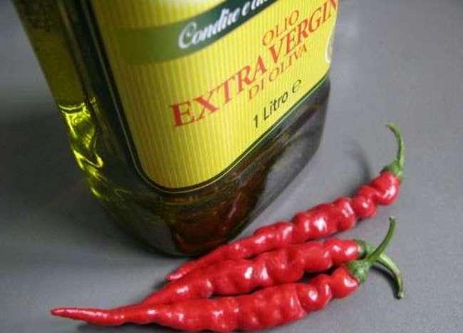 оливковое масло и перец