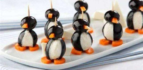 Пингвин из оливок