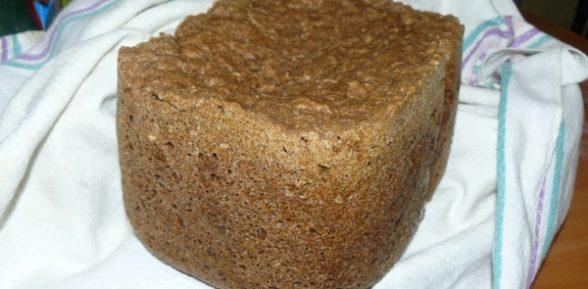Ржаной хлеб с квашеной капустой