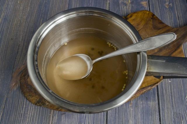Приготовление рассола для маринованных огурцов