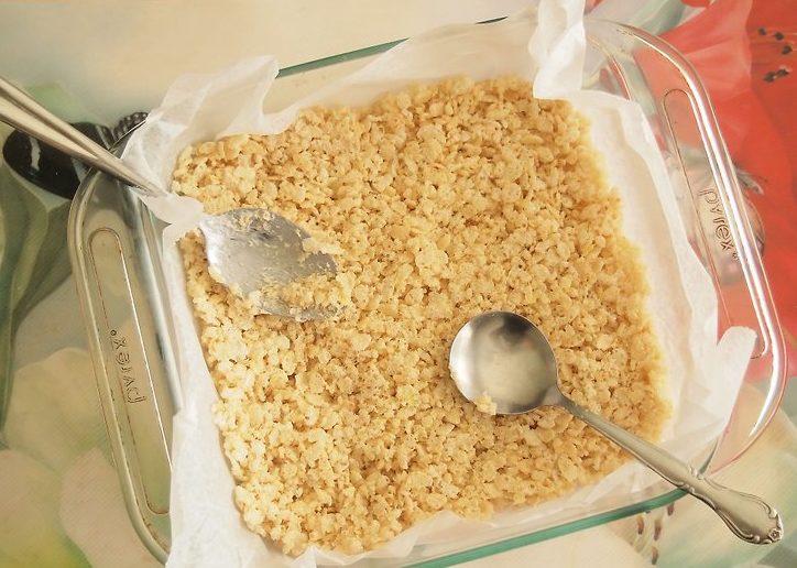Приготовление козинака из воздушного риса на американский манер