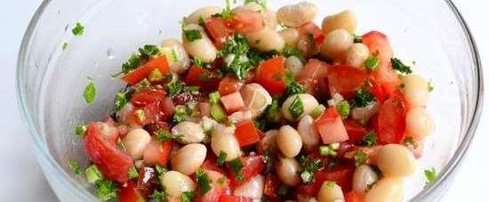 вымешать салат