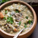 Суп с овсяными хлопьями и грибами