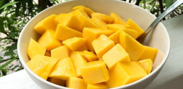 Как правильно и красиво порезать манго?