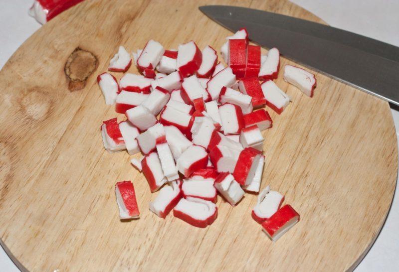 Крабовые палочки крупным кубиком