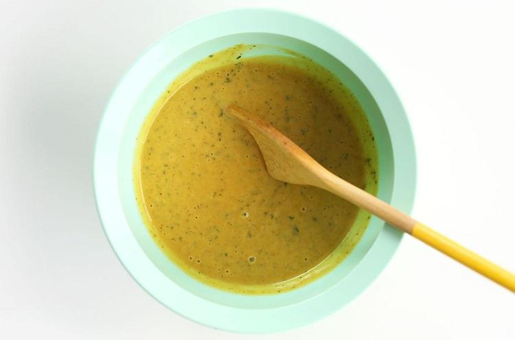 Заправка для салата из апельсинов и авокадо