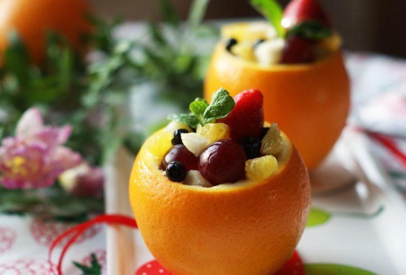 Ягодный салат с апельсином