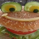 Веселый гамбургер для детей