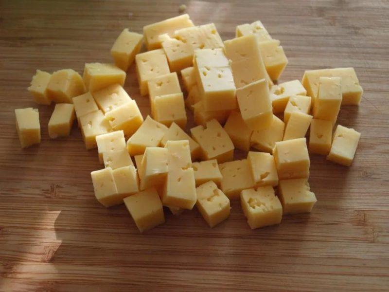 Приготовление пикантного фруктового салата