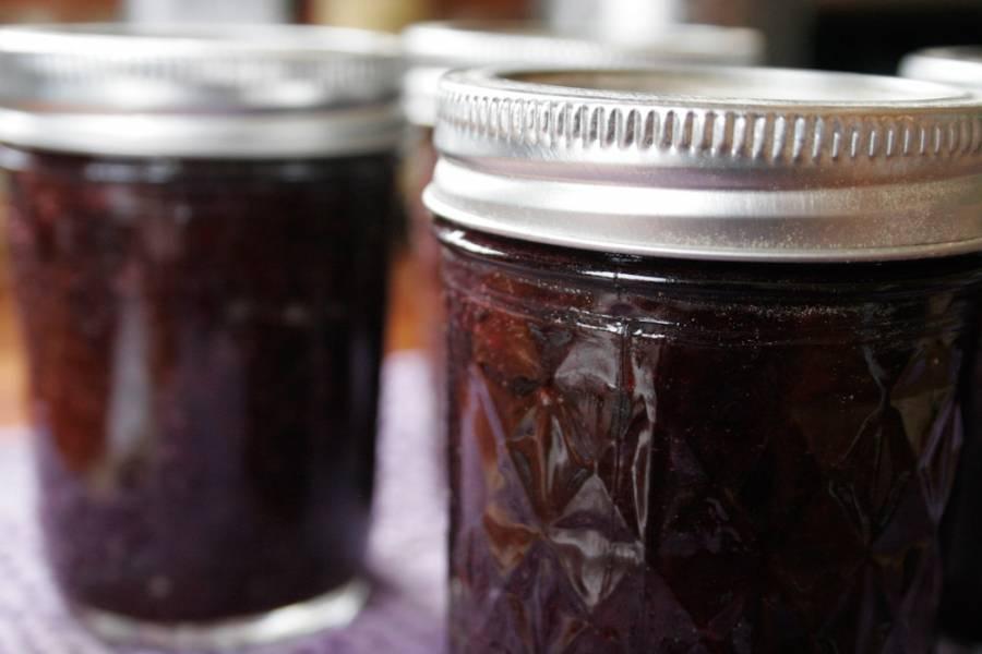 Варенье из черной смородины и черешни на зиму