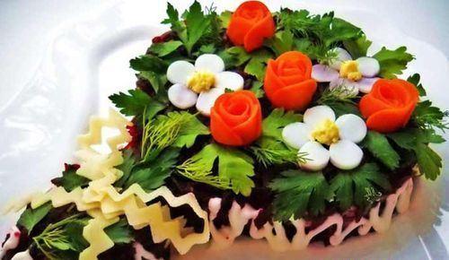 украшение цветами салата