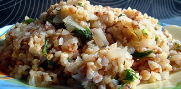 Пшенично-гречневая каша с овощами