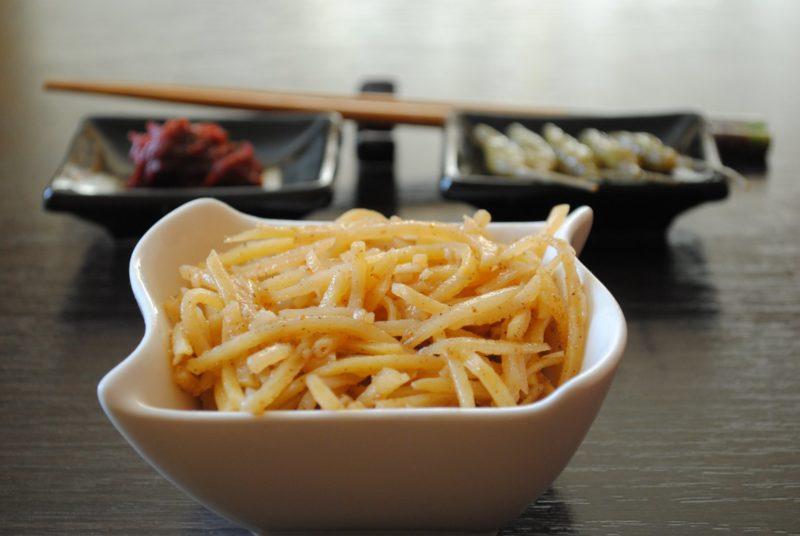 Салат из сырого картофеля по-корейски