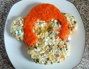 выложить натертую морковь