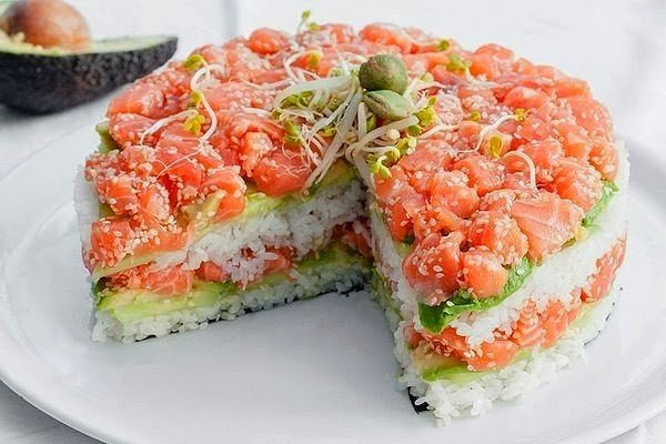 салат суши с рыбой