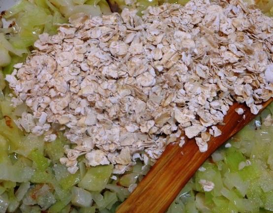Приготовление капустных котлет с овсянкой