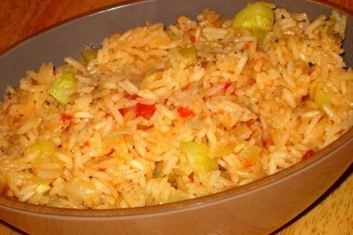 Рис с помидорами и кабачками