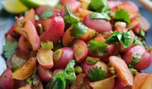Салат с жареным редисом