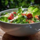салат из сельдерея с зеленью
