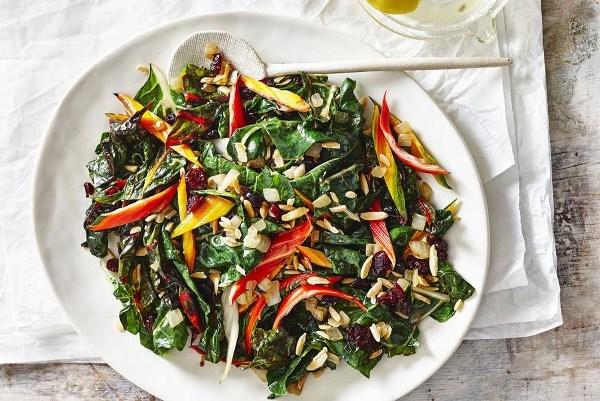 салат из свеклы мангольд