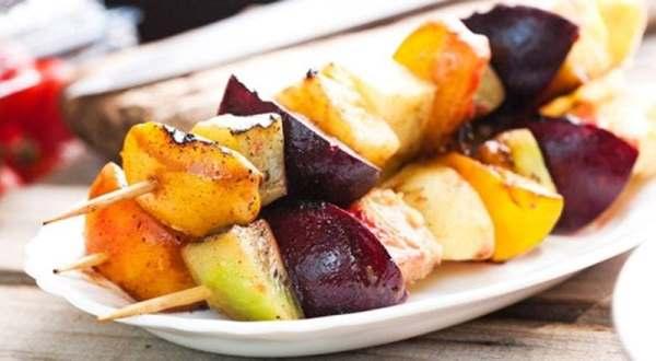 вариант шашлыка из фруктов